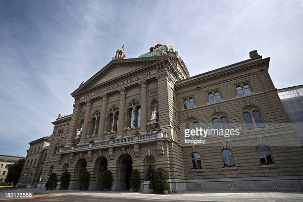 federal palace - bern stock pictures, royalty-free photos & images