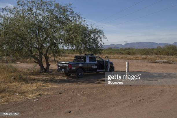 A federal police truck patrols the village of Loma de Bacum Sonora state Mexico on Tuesday Dec 5 2017 Sempra Energy's natural gas pipeline that runs...
