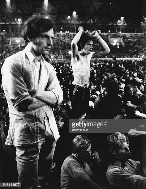 Federal Republic of Germany Bavaria Munich Fans at the Euro pop 70 festival 1970 Photographer Rudolf Dietrich Vintage property of ullstein bild
