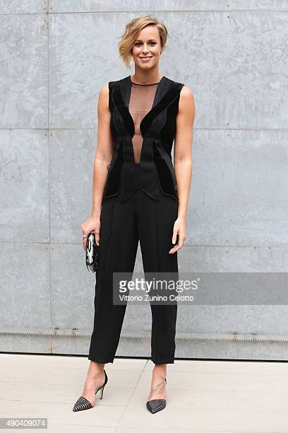 Federica Pellegrini arrives at the Giorgio Armani show during the Milan Fashion Week on September 28 2015 in Milan Italy