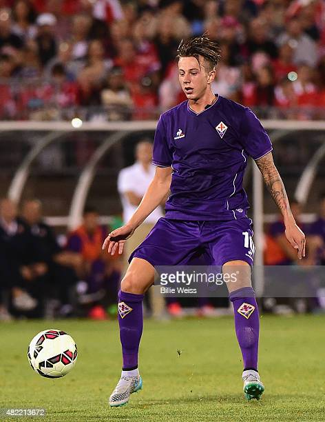 Federico Bernadeschi of ACF Fiorentina in action during an International Champions Cup 2015 match against SL Benfica at Rentschler Field on July 24...