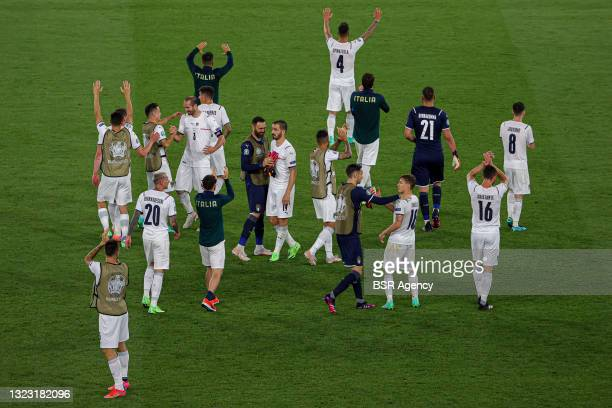 Federico Bernadeschi of Italy, Leonardo Bonucci of Italy, Nicolo Barella of Italy, goalkeeper Gianluigi Donnarumma of Italy, Leonardo Spinazzola of...