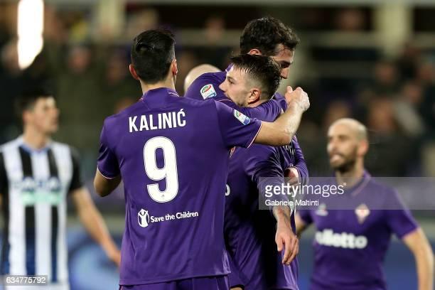 Federico Bernardeschi of ACF Fiorentina celebrates after scoring a goal during the Serie A match between ACF Fiorentina and Udinese Calcio at Stadio...