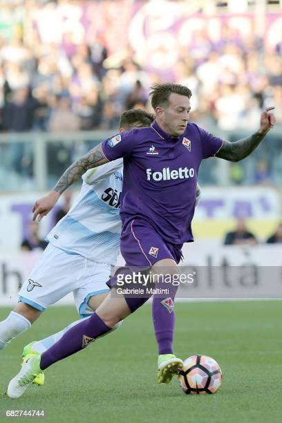 Federico Bernardeschi of ACF Fiorentina in action during the Serie A match between ACF Fiorentina and SS Lazio at Stadio Artemio Franchi on May 13...