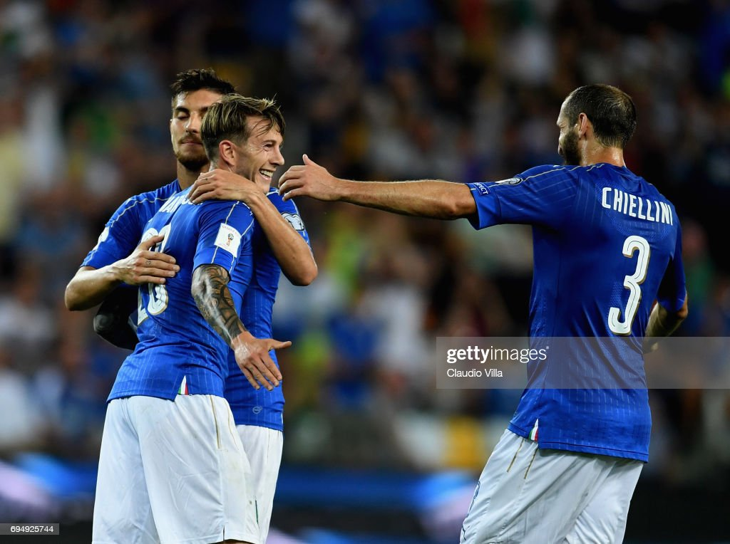 Federico Bernardeschi of Italy celebrates after scoring with team-mates the fourth goal during the FIFA 2018 World Cup Qualifier between Italy and Liechtenstein at Stadio Friuli on June 11, 2017 in Udine, Italy.