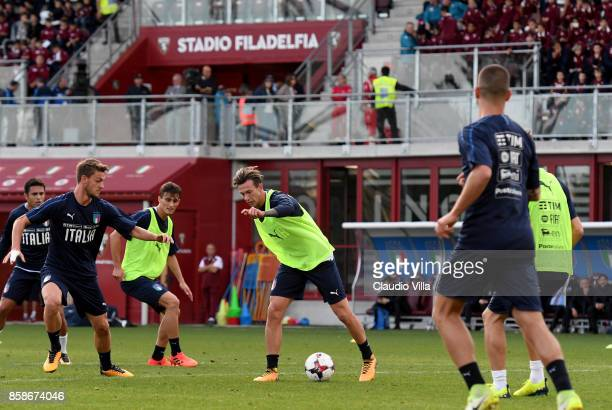 Federico Bernardeschi of Italy in action during a Italy training session at Filadelfia Stadium on October 7 2017 in Turin Italy