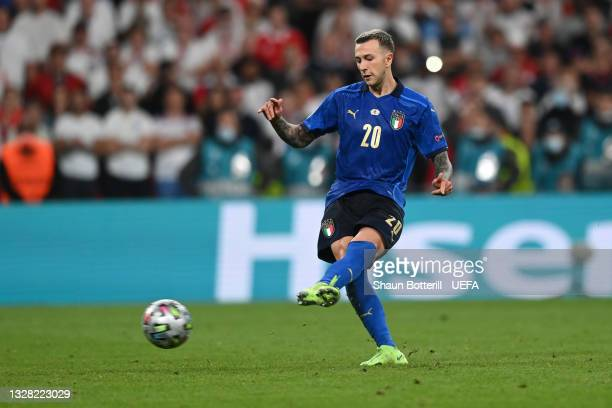 Federico Bernardeschi of Italy scores their team's fourth penalty in a penalty shoot out during the UEFA Euro 2020 Championship Final between Italy...