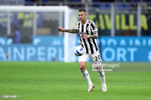 Federico Bernardeschi of Juventus Fc in action during the Serie A match between Fc Internazionale and Juventus Fc. The match ends in a tie 1-1.