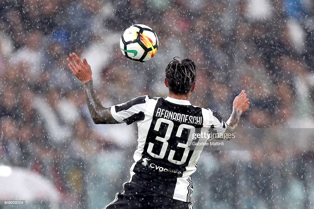 Federico Bernardeschi of Juventus FC in action during the Serie A match between Juventus and AC Chievo Verona on September 9, 2017 in Turin, Italy.