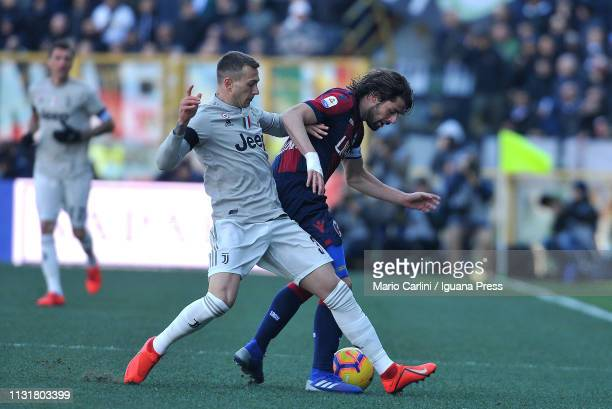 Federico Bernardeschi of Juventus in action during the Serie A match between Bologna FC and Juventus at Stadio Renato Dall'Ara on February 23 2019 in...
