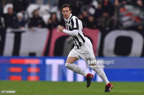 Federico Bernardeschi of Juventus in action during the Serie A match between Juventus and Benevento Calcio on November 5 2017 in Turin Italy