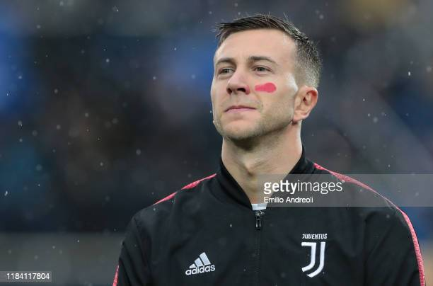 Federico Bernardeschi of Juventus looks on during the Serie A match between Atalanta BC and Juventus at Gewiss Stadium on November 23, 2019 in...