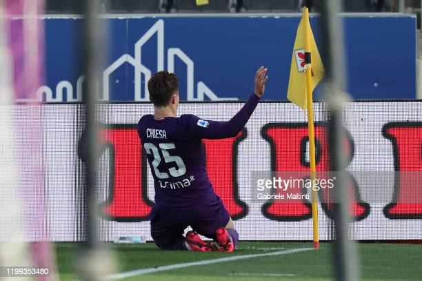 Federico Chiesa of ACF Fiorentina celebrates after scoring a goal during the Serie A match between ACF Fiorentina and Atalanta BC at Stadio Artemio...
