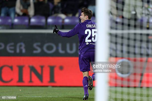 Federico Chiesa of ACF Fiorentina celebrates after scoring a goal during the Serie A match between ACF Fiorentina and Juventus FC at Stadio Artemio...