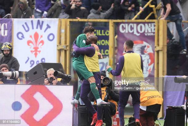 Federico Chiesa of ACF Fiorentina celebrates after scoring his team's second goal during the serie A match between Bologna FC and ACF Fiorentina at...