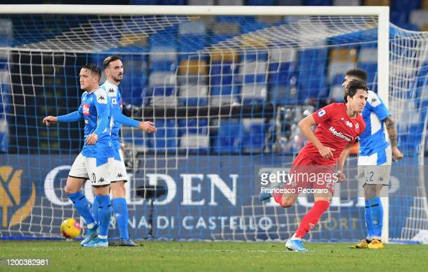 Federico Chiesa of ACF Fiorentina celebrates after scoring the 01 goal during the Serie A match between SSC Napoli and ACF Fiorentina at Stadio San...