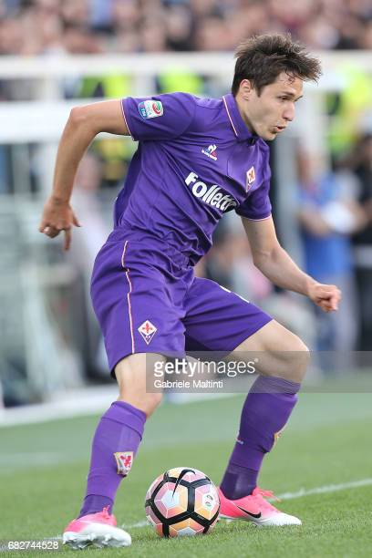 Federico Chiesa of ACF Fiorentina in action during the Serie A match between ACF Fiorentina and SS Lazio at Stadio Artemio Franchi on May 13 2017 in...