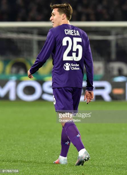 Federico Chiesa of ACF Fiorentina in action during the serie A match between ACF Fiorentina and Juventus at Stadio Artemio Franchi on February 9 2018...