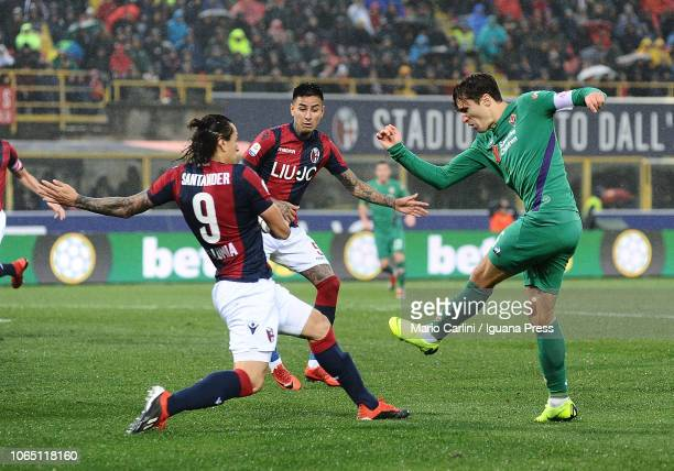 Federico Chiesa of ACF Fiorentina kicks towards the goal during the Serie A match between Bologna FC and ACF Fiorentina at Stadio Renato Dall'Ara on...