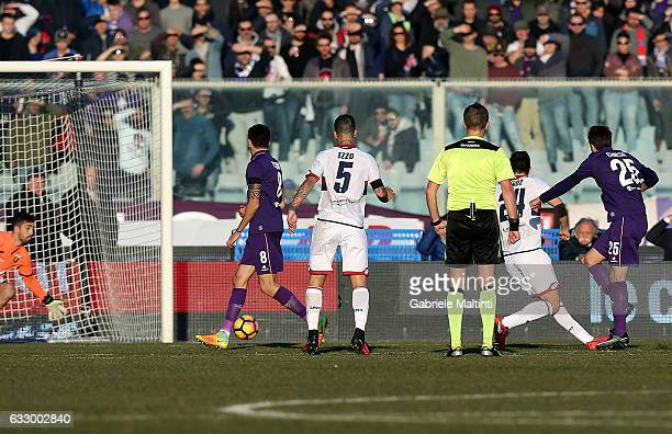 Federico Chiesa of ACF Fiorentina scores a goal during the Serie A match between ACF Fiorentina and Genoa CFC at Stadio Artemio Franchi on January 29...