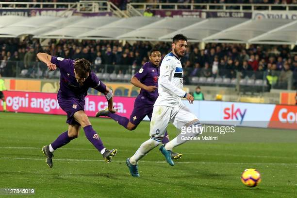 Federico Chiesa of ACF Fiorentina scores the first goal of his team during the Coppa Italia match between ACF Fiorentina and Atalanta BC on February...