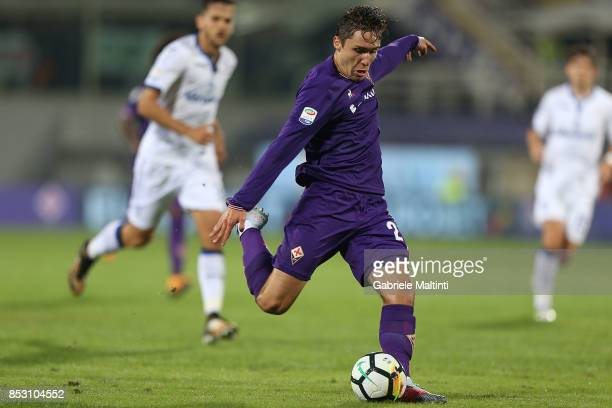 Federico Chiesa of ACF Fiorentina scores the opening goal during the Serie A match between FC Crotone and Benevento Calcio at Stadio Artemio Franchi...