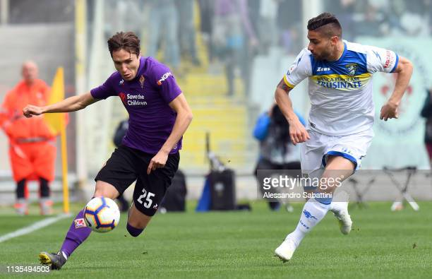 Federico Chiesa of Fiorentina in action during the Serie A match between ACF Fiorentina and Frosinone Calcio at Stadio Artemio Franchi on April 7...