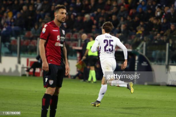 Federico Chiesa of Fiorentina scores Fiorentina's goal during the Serie A match between Cagliari and ACF Fiorentina at Sardegna Arena on March 15...