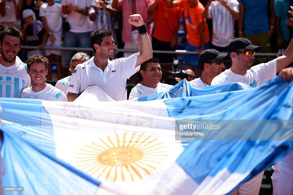 Argentina v Brazil - Davis Cup 2015 Day 4 : News Photo