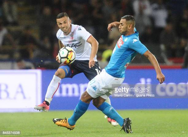 Federico Di Francesco of Bologna FC in action during the Serie A match between Bolgna FC and SSC Napoli at Stadio Renato Dall'Ara on September 10...