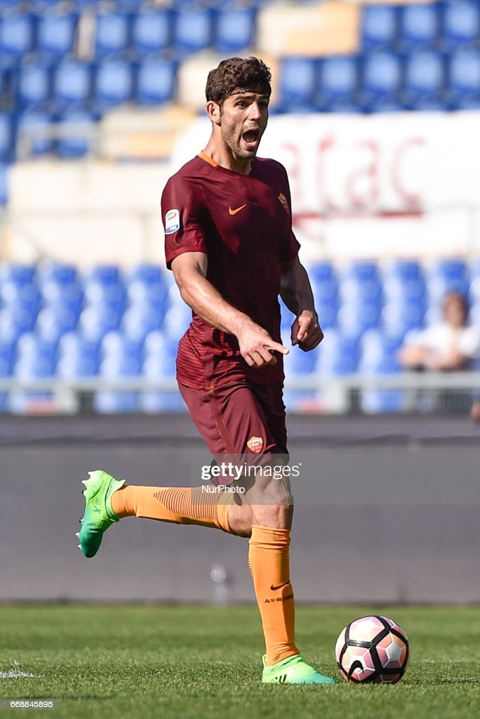 Federico Fazio of AS Roma during the italian Serie A match between Roma and Atalanta at the Olympic Stadium, Rome, Italy on 15 April 2017.