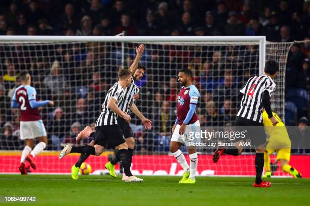 Federico Fernandez of Newcastle United celebrates after scoring a goal to make it 01 during the Premier League match between Burnley FC and Newcastle...