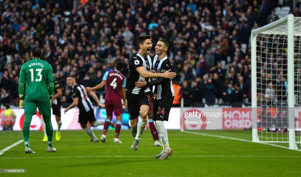 West Ham United v Newcastle United - Premier League : Nachrichtenfoto