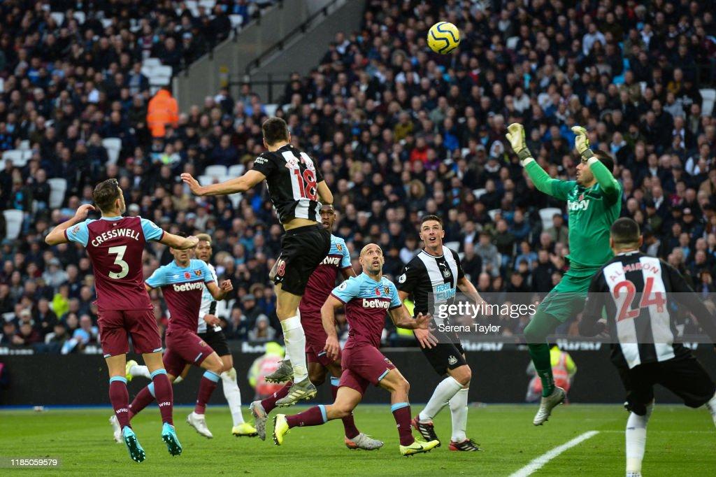 West Ham United v Newcastle United - Premier League : Foto jornalística