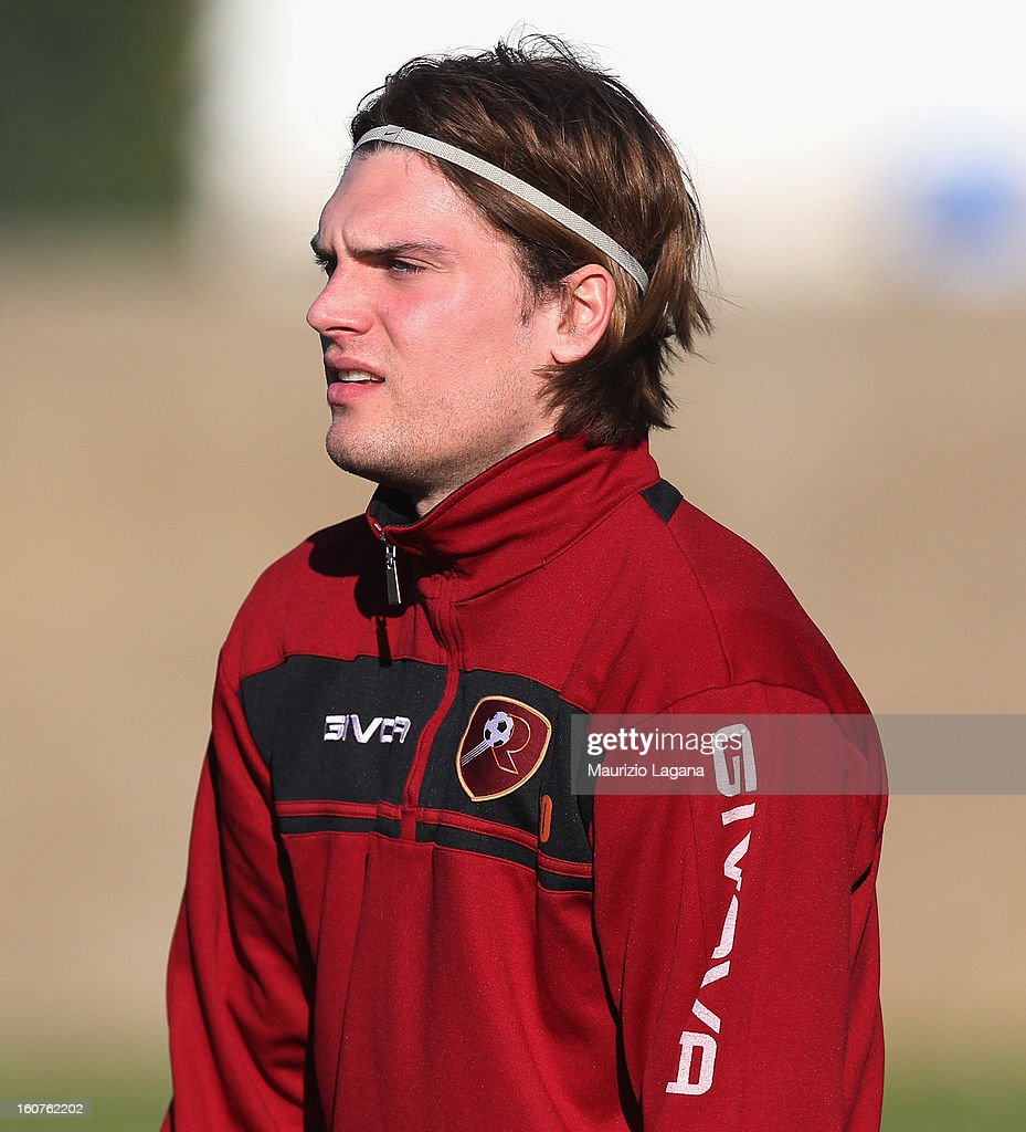Federico Gerardi attends at Reggina training session at Sports Center Sant'Agata on February 5, 2013 in Reggio Calabria, Italy.