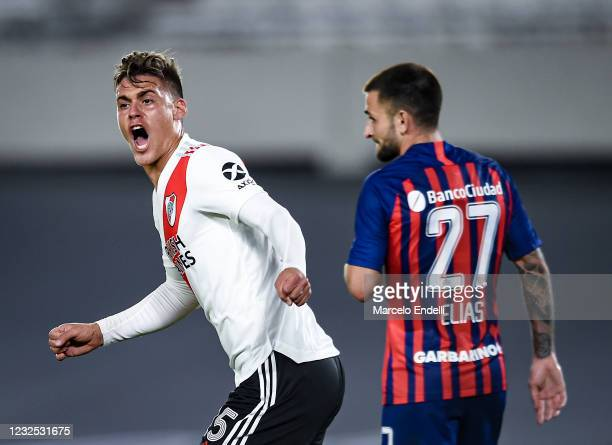 Federico Girotti of River Plate celebrates after scoring the first goal of his team during a match between River Plate and San Lorenzo as part of...
