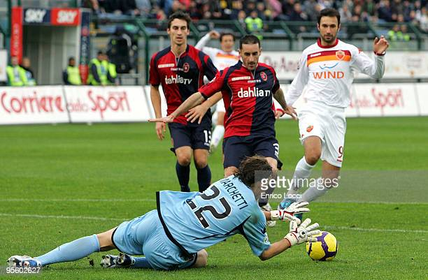 Federico Marchetti of Cagliari makes a save during the Serie A match between Cagliari and Roma at Stadio Sant'Elia on January 6 2010 in Cagliari Italy