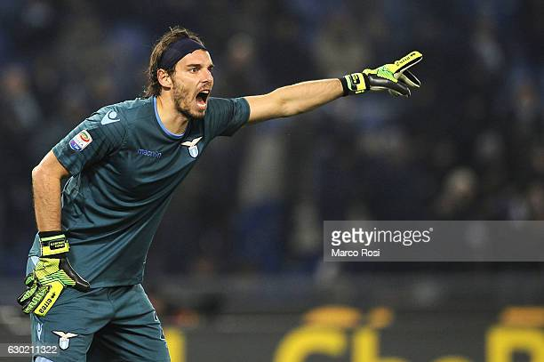 Federico Marchetti of SS Lazio reacts during the Serie A match between SS Lazio and ACF Fiorentina at Stadio Olimpico on December 18 2016 in Rome...