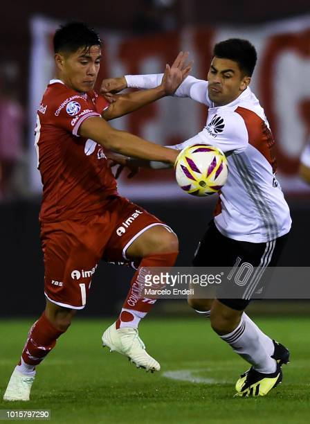 Federico Marin of Huracan fights for the ball with Gonzalo Martinez of River Plate during a match between Huracan and River Plate as part of...