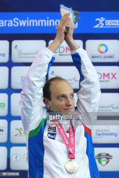 Federico Morlacchi of Italy celebrates his gold medal in Men's 200 m Individual Medley SM9 during day 3 of the Para Swimming World Championship...