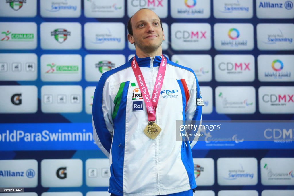 Federico Morlacchi of Italy Gold Medal celebrates in men's 400 m Freestyle S9 celebration during day 7 of the Para Swimming World Championship Mexico City 2017 at Francisco Marquez Olympic Swimming Pool. on December 7, 2017 in Mexico City, Mexico.