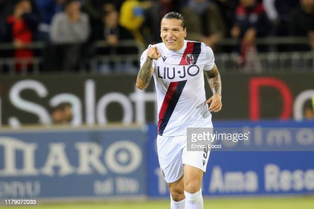 Federico Santander of Bologna celebrates his goal to 01 during the Serie A match between Cagliari Calcio and Bologna FC at Sardegna Arena on October...