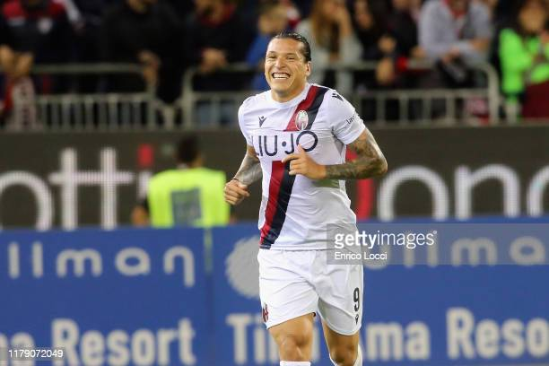 Federico Santander of Bologna celebrates his goal to 0-1 during the Serie A match between Cagliari Calcio and Bologna FC at Sardegna Arena on October...