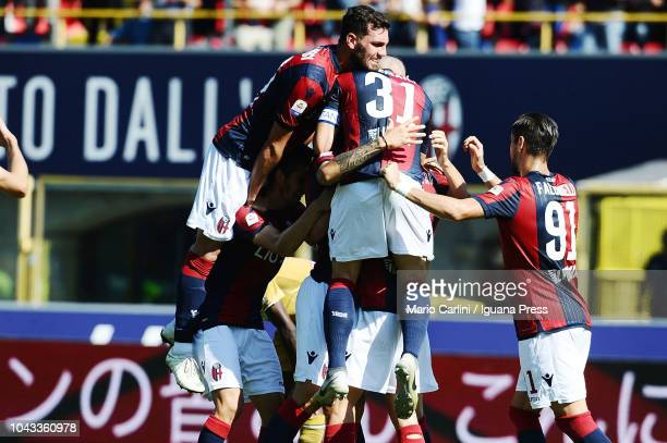 Federico Santander of Bologna FC celebrates after scoring a goal during the Serie A match between Bologna FC and Udinese at Stadio Renato Dall'Ara on...