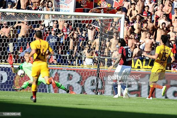 Federico Santander of Bologna FC scores his team's second goal during the serie A match between Bologna FC and AS Roma at Stadio Renato Dall'Ara on...