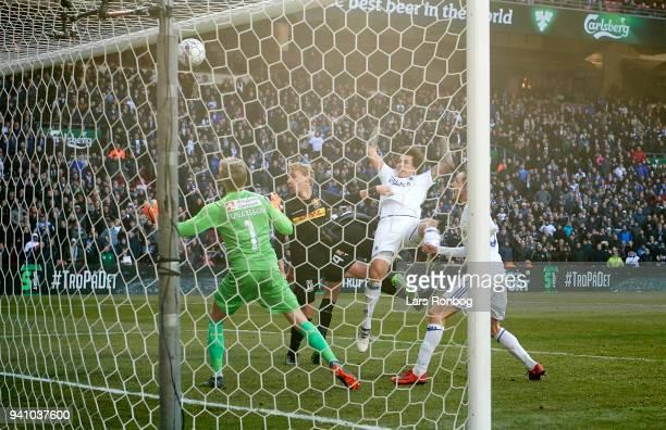 Federico Santander of FC Copenhagen scores the 21 goal against Goalkeeper Runar Alex Runarsson of FC Nordsjælland during the Danish Alka Superliga...