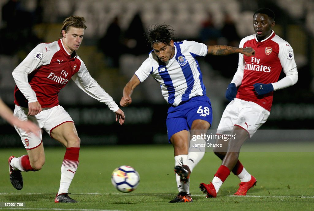 Federico Varela of Porto shoots during the Premier League International Cup match between Arsenal and Porto at Meadow Park on November 17, 2017 in Borehamwood, England.