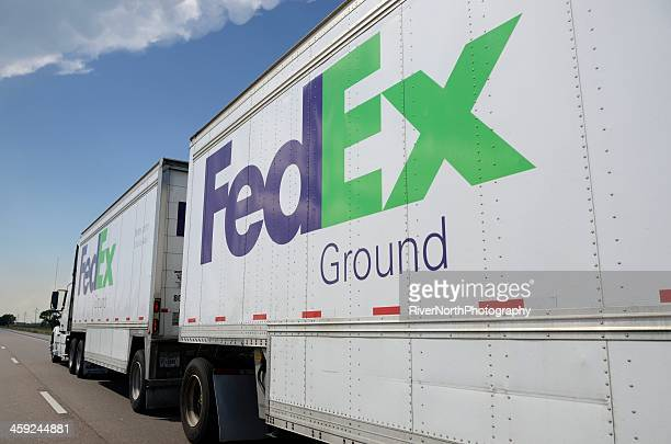 fedex - federal express stock pictures, royalty-free photos & images