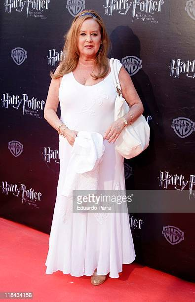 Fedra Lorente attends 'Harry Potter and the Deathly hallows Part 2' premiere photocall at Callao cinema on July 7 2011 in Madrid Spain