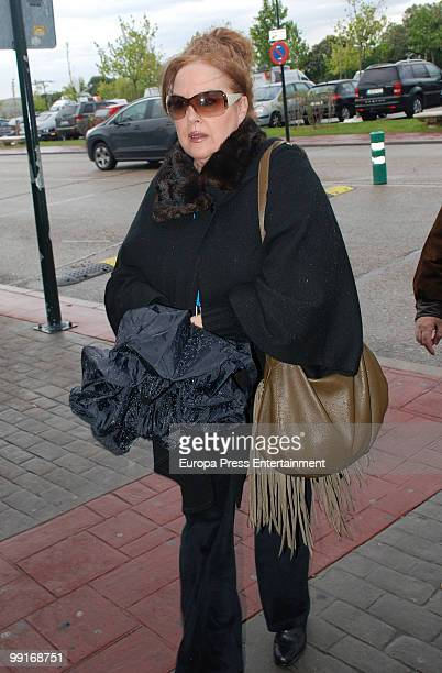 Fedra Lorente visits the funeral chapel for Spanish actor Antonio Ozores on May 13 2010 in Madrid Spain